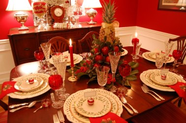 wonderful-red-theme-dining-room-design-inspiration-presenting-wooden-dining-set-with-contemporary-tableware-and-fruit-christmas-centerpiece-ideas-christmas-centerpiece-ideas-home-decor-accessori